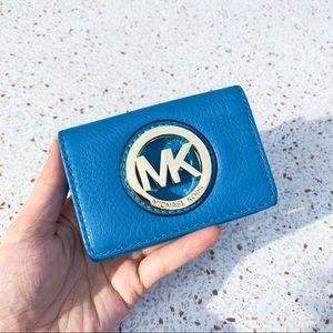 NWT Mickael Michael Kors Logo Flap Card Wallet